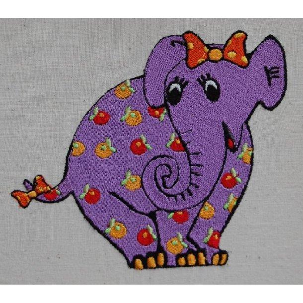 Blomstret elefant 120 x 133 mm